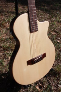 Guitare Enoc Électro-acoustique