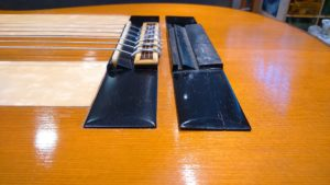 Réparation chevalet cassé guitare acoustique